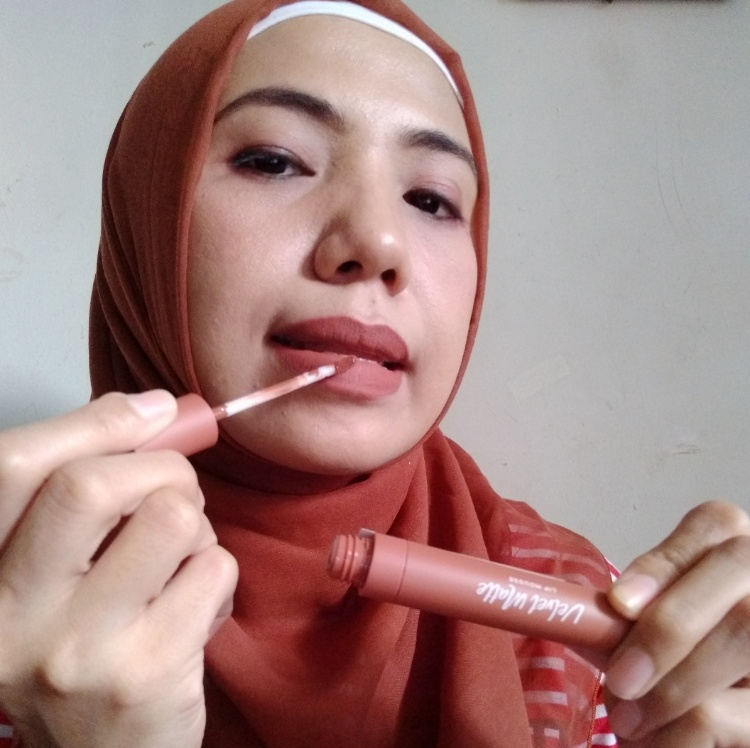 Review Wardah Colorfit Velvet Matte Lip Mousse Brown Creator