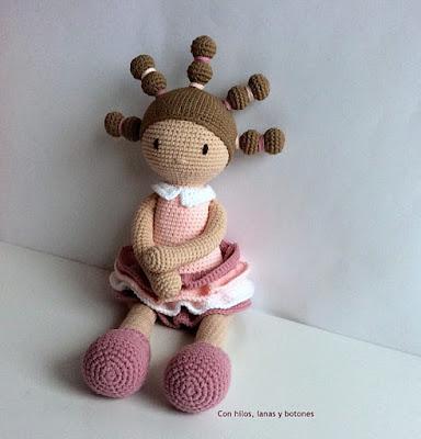 https://conhiloslanasybotones.blogspot.com.es/2018/04/candice-amigurumi-doll.html