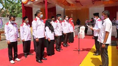 Bupati Lima Puluh Kota Kukuhkan Pengurus LKBH PGRI