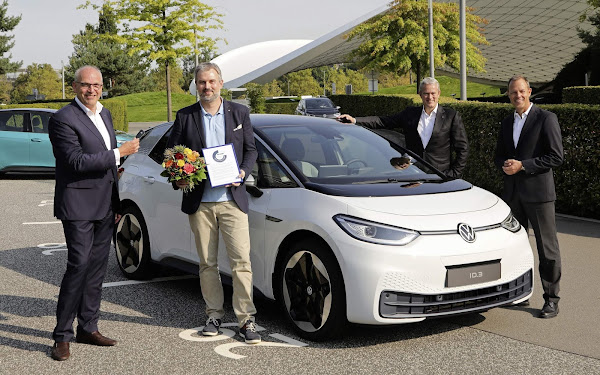 Volkswagen ID.3 começa a ser entregue aos clientes