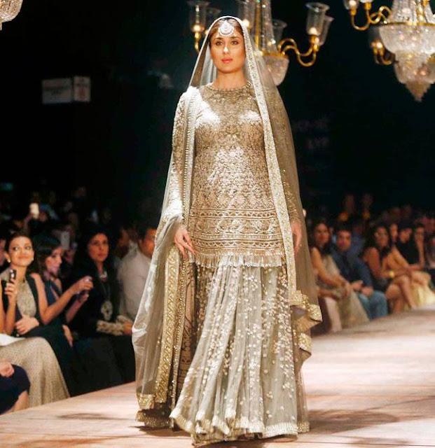 Kareena Kapoor Khan Rocked Her Baby Bump At Lakme Fashion Week