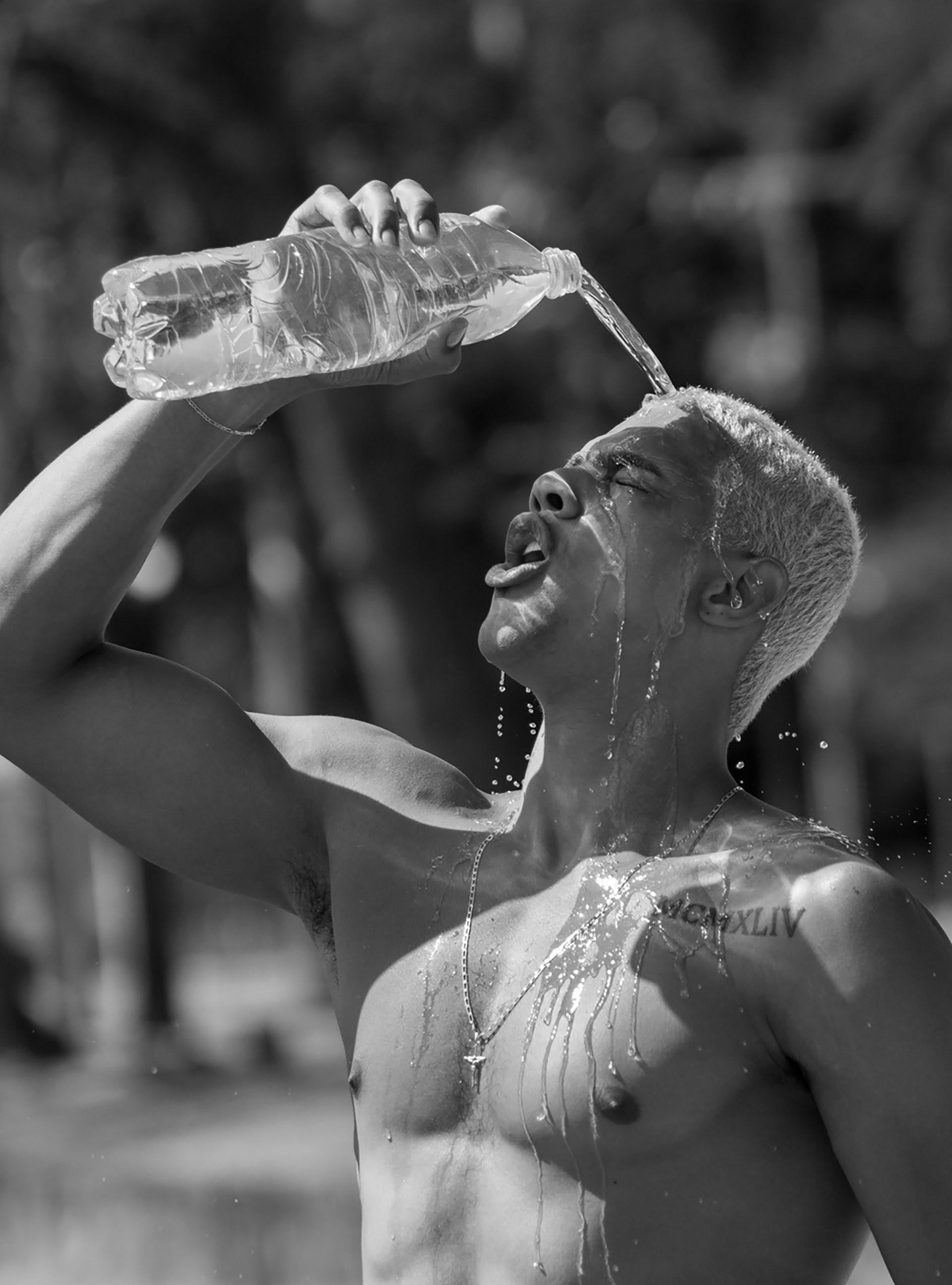 WaterFaLL, by Guilherme Cirino ft Jonas Barros for Made in Brazil Magazine.