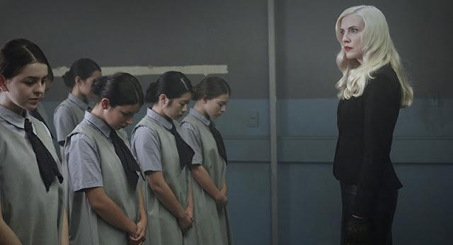 """""""Level 16"""" (2019), una distopía con la feminidad de protagonista"""
