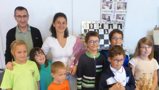 Andreea Bollengier chaleureusement entourée lors de son départ du Club Loisirs Léo Lagrange de Colomiers