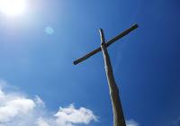 """""""La nuova evangelizzazione è un invito a riconoscere la forza salvifica delle loro esistenze [dei poveri] e a porle al centro del cammino della Chiesa"""" (Papa Francesco EG 198)"""