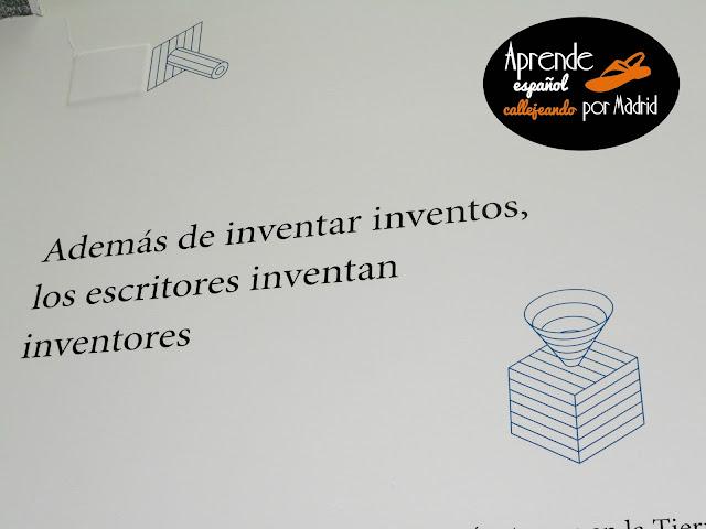 los escritores inventan inventores