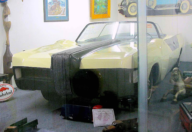 a Brooks Stevens 1969 Phaeton concept car