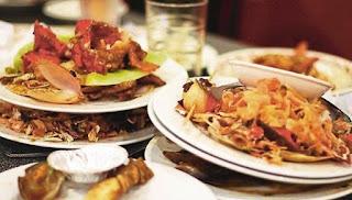 Sengaja Membiarkan Makanan Dibazirkan, Terjatuh dan Bersepah Boleh Menjadi Sebab Datangnya Gangguan Syaitan.