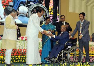 Image result for 338 श्रमिकों को प्रधानमंत्री श्रम पुरस्कार से सम्मानित किया