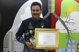 Pemerintah Kabupaten (Pemkab) Gresik mendapat apresiasi dari Kementerian Kesehatan Republik Indonesia (Kemenkes RI) atas langkah dan upaya dalam menetapkan Kawasan Tanpa Rokok