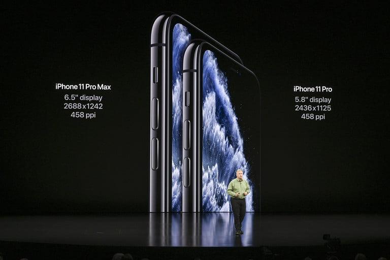 apple-september-2019-event-keynote-apple-iphone-11-pro-pro-max-display