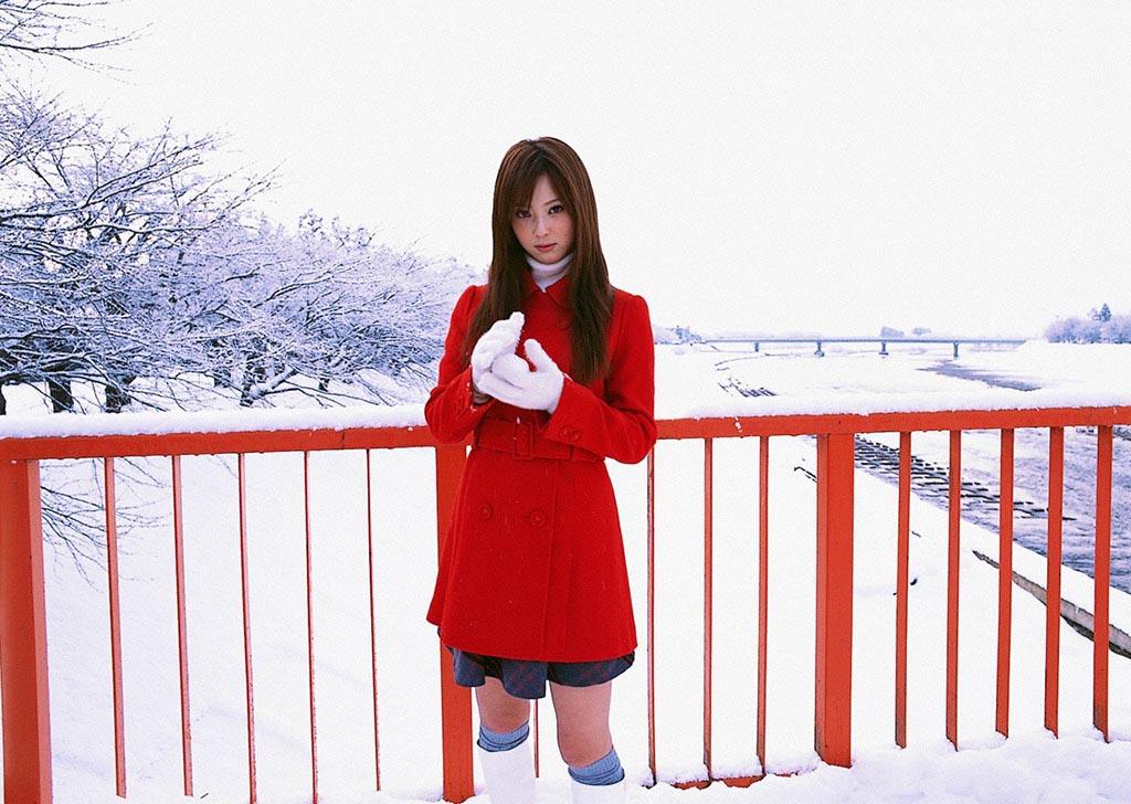 nozomi sasaki white snow 01
