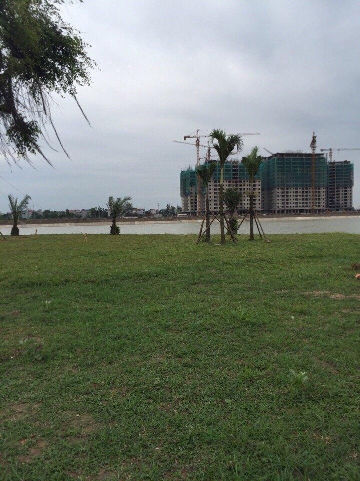 Tổ hợp chung cư B1.4 HH02-2A-2B-2C Thanh Hà Nhìn từ hồ vào