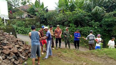 Tanah Longsor Terjadi di Wilayah Cimanggu