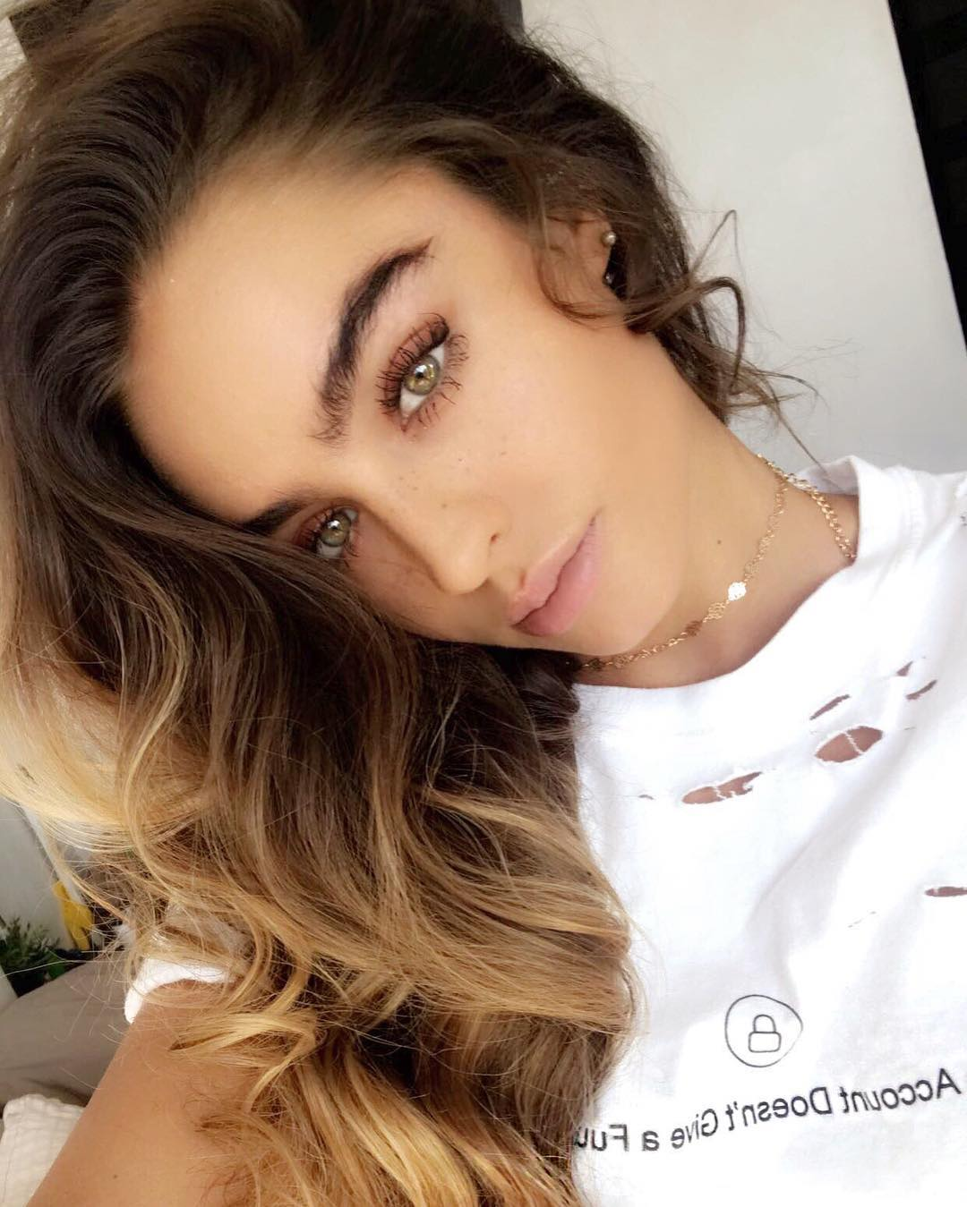 Sommer Ray Profile