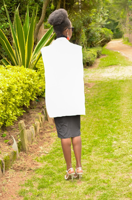 How t style a white cape