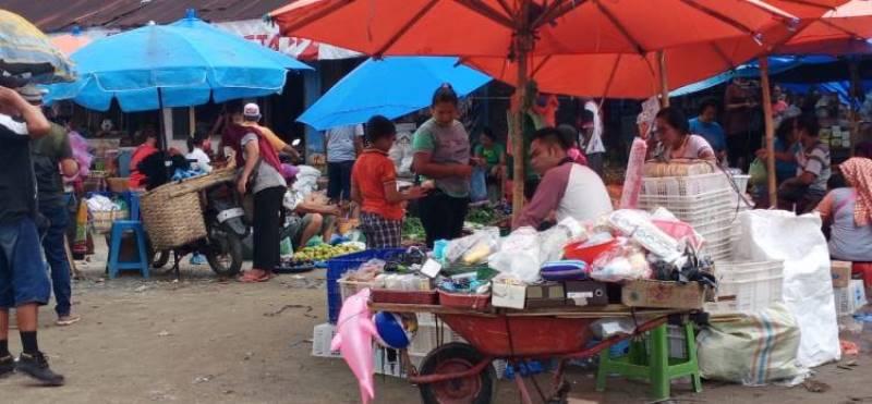 Pedagang Di Pasar Tanjungpinang, Banyak yang Tidak Memakai Masker