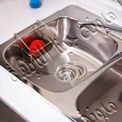 يمكن تثبيت الصبانة داخل الحوض نفسه مما يوفر مكان الصبانة . ويعطى نظافة أكبر