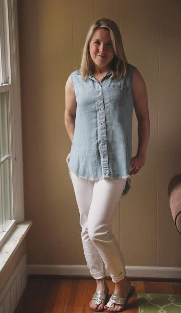 Stitch Fix Liverpool Vitoria Split Back Top chambray