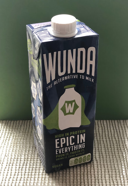 vegan plant-based milk alternative, Chez Maximka
