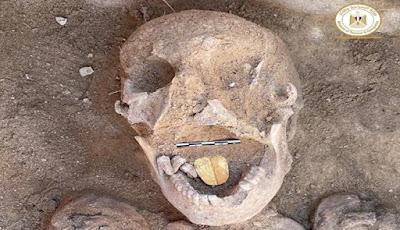 Wow, Mumi Mesir Ini Ditemukan Memiliki Lidah Emas