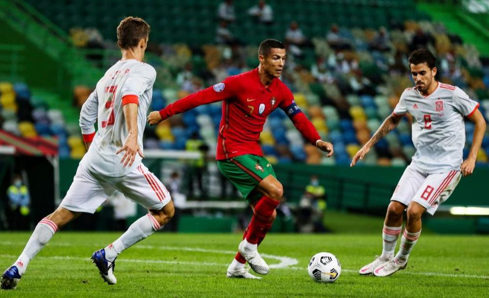 موعد مباراة منتخب اسبانيا ومنتخب البرتغال في المباراة الوديه