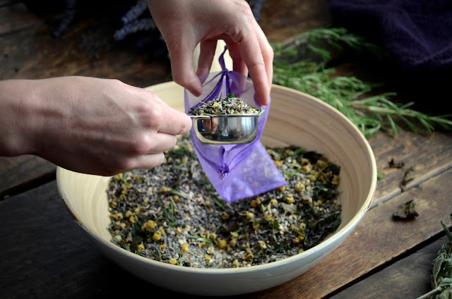 Calming and Aromatic Lavender Tub Tea for an At-Home Spa Day