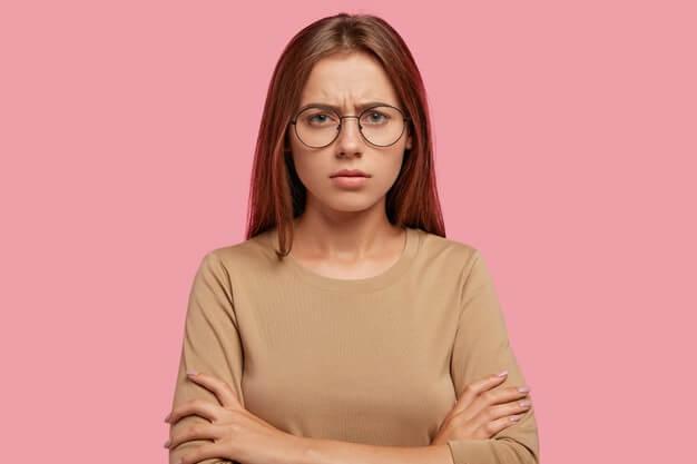 6-kebiasaan-buruk-yang-membuat-wanita-lebih-cepat-tua