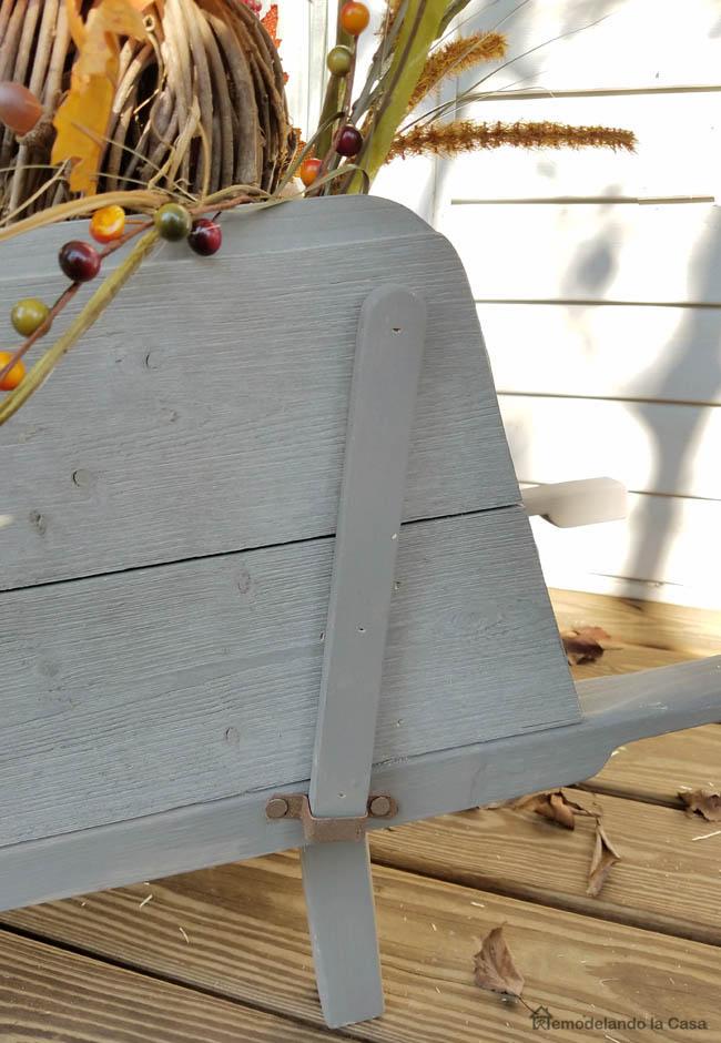 shiplap grey planks