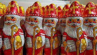 Waiting for Saint Nicholas on Homeschool Coffee Break @ kympossibleblog.blogspot.com