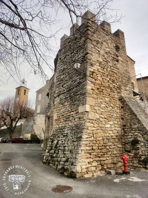 FAUCON (84) - Village médiéval