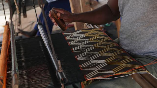 Art, culture, pagne, tisserand, manjak, tradition, baptême, mode, LEUKSENEGAL, Dakar Sénégal, Afrique