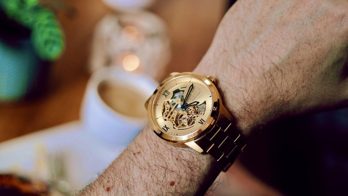 Gold am Handgelenk | Die Seizmont Lasse Dante Herrenarmbanduhr wirkt perfekt | Sie ist ein Hingucker von Trendhim