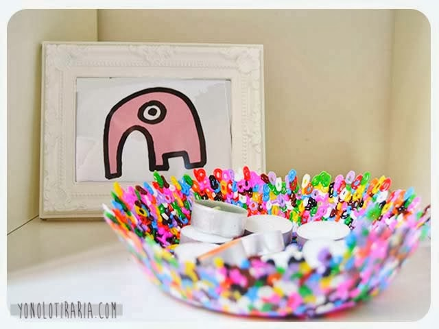 http://decoracion.facilisimo.com/blogs/ideas-diy/cuenco-con-hama-beads_951869.html