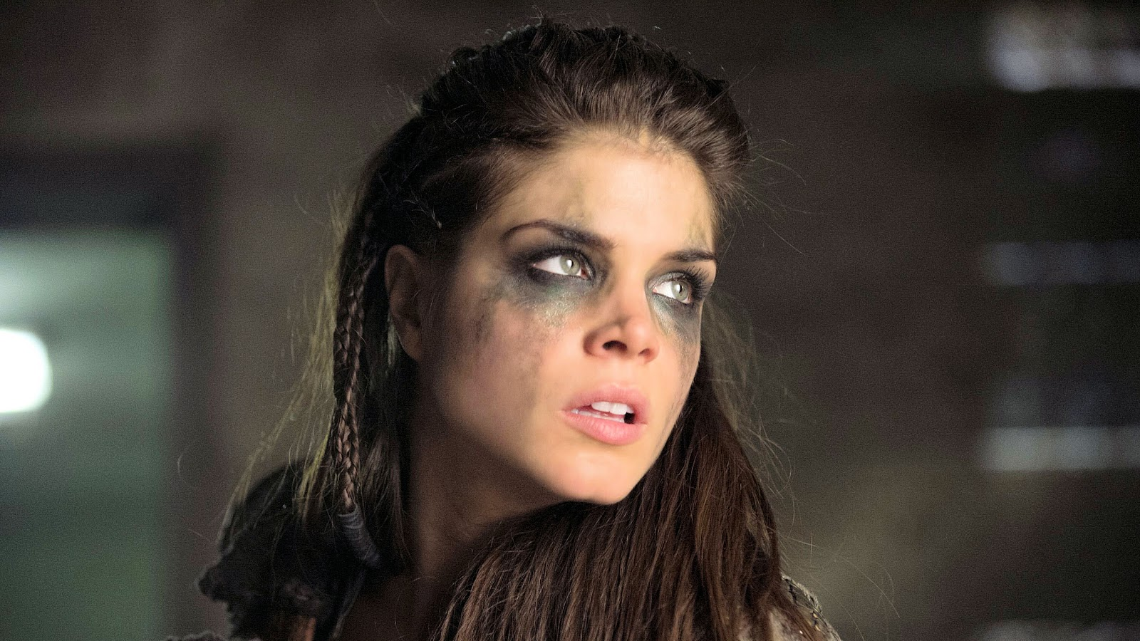 Wallpaper Etc...: Marie Avgeropoulos