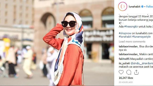 Sehabis Umroh, Luna Maya Membuka Bisnis Berjualan Hijab