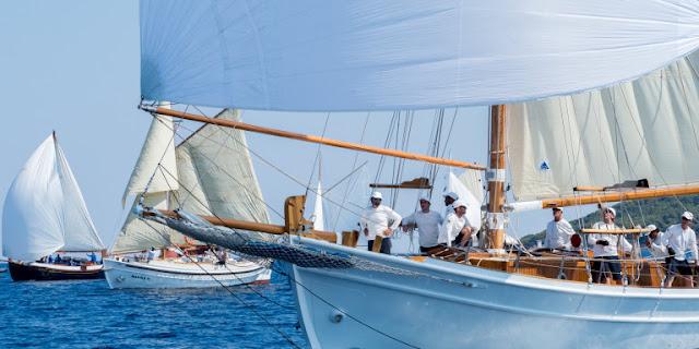 Όμορφα και ιστορικά σκάφη στο Spetses Classic Yacht Regatta 2019