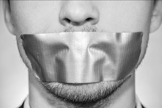 Mengapa Engkau Diam