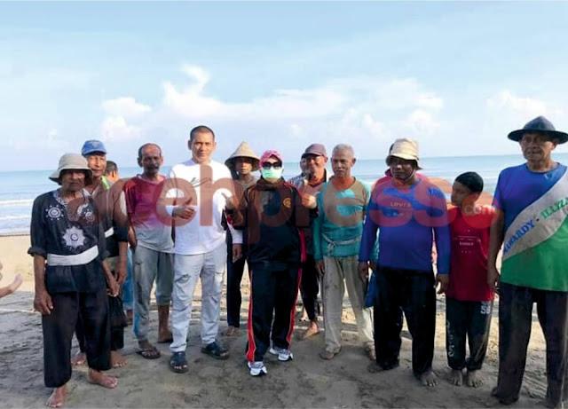 Perhatian Untuk Nelayan, Hj Rizayati SH,MM Serahkan Bantuan dan Ini Harapannya