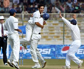 Irfan Pathan Hat-trick Highlights