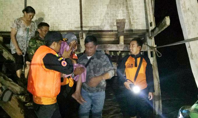 Sungai Paddangeng Soppeng Meluap, TRC Evakuasi Warga