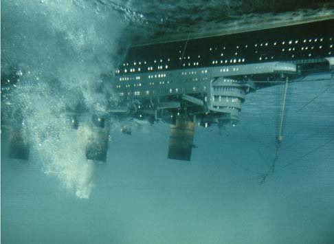 Ship underwater The Poseidon Adventure 1972 movieloversreviews.filminspector.com