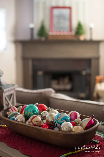 21 Ways To Use Vintage Items In Your Christmas Decor Postcards