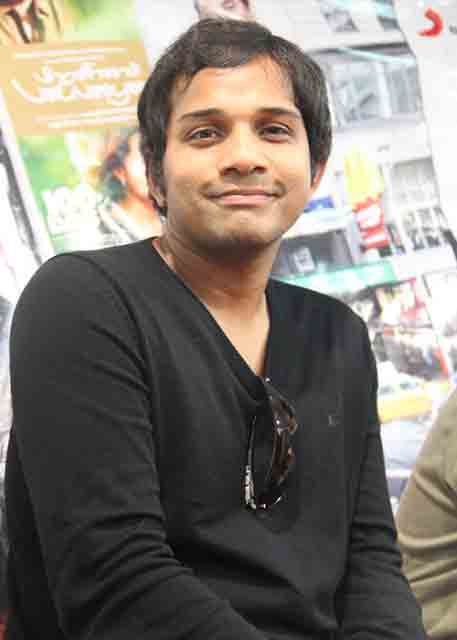 Karthik Singer Profile Biography and Wiki and Biodata, Body Measurements, Age, Wife, Affairs and Family Photos