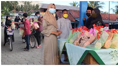 Karangtaruna Desa Pituruh Bagi-bagi Takjil dan Perform Hadroh Nunggu Buka Puasa