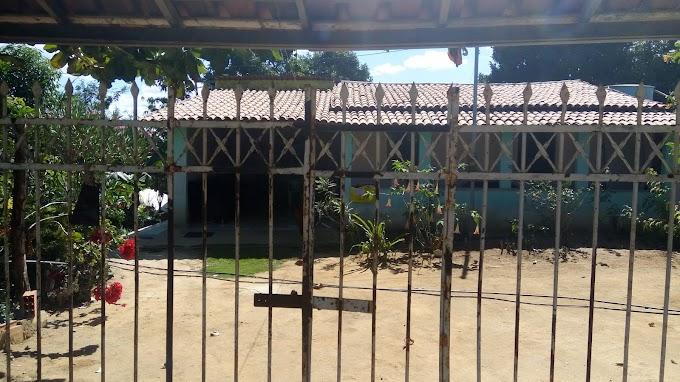PROJETO CASULO | Pista de treino para animais, casas de luxo e loteamento irregular ocupam área pública para reforma agrária