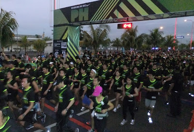 Nike We Run Manila 10 km run, start