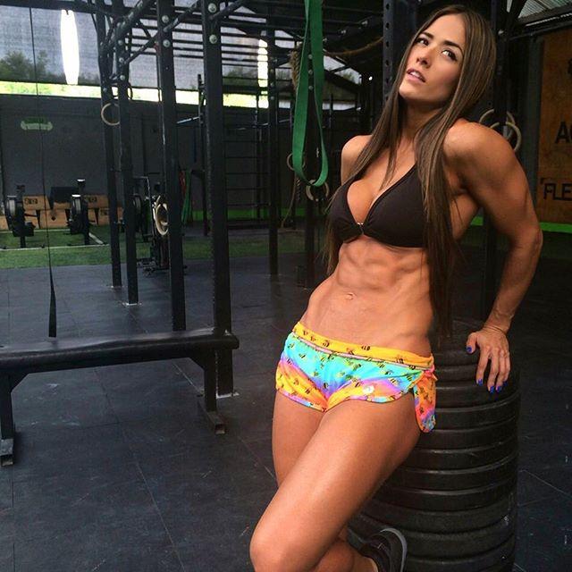 Fitness Model Tatiana USSA GIRARDI