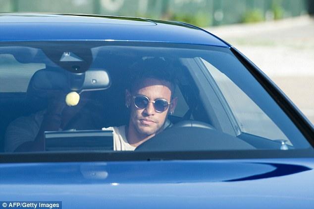 Barcelona chính thức xác nhận Neymar ra đi 2