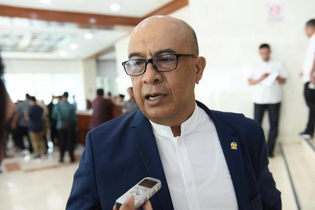 Penerbangan Wuhan-Jakarta Dibuka, Pimpinan Komisi V DPR Murka: Pemerintah Harusnya Bisa Adil & Konsisten!